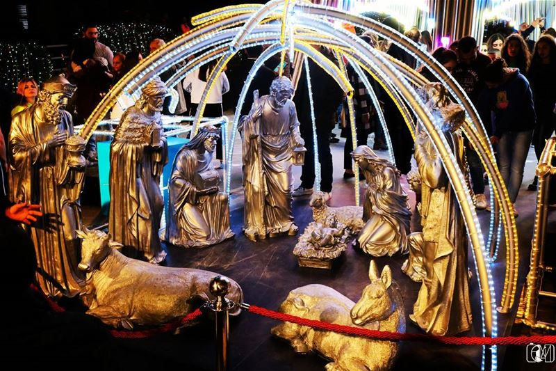 Jbeil  Byblos  christmas  decoration  livelovebyblos  livelovelebanon ... (Jbeil-Byblos)